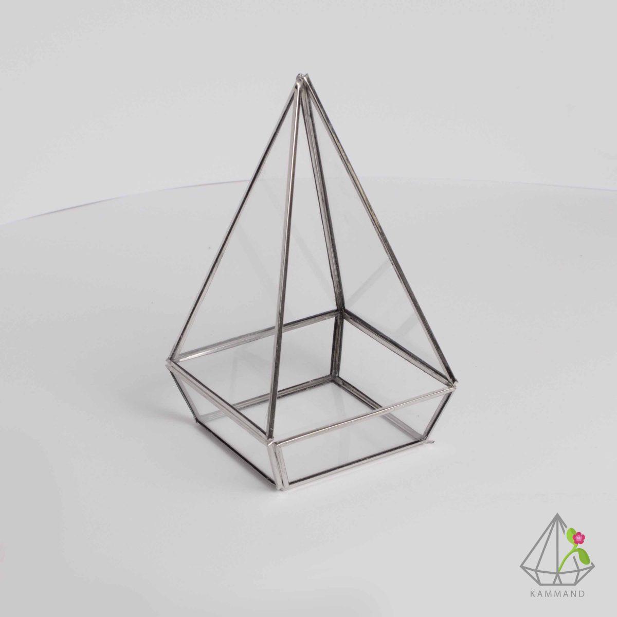 ظروف تراریوم، تراریوم چند وجهی ، تراریوم چند وجهی، تراریوم مثلثی ،گلدان شیشه ای، تراریوم، باغ شیشه ای ، فروشگاه اینترنتی کمند