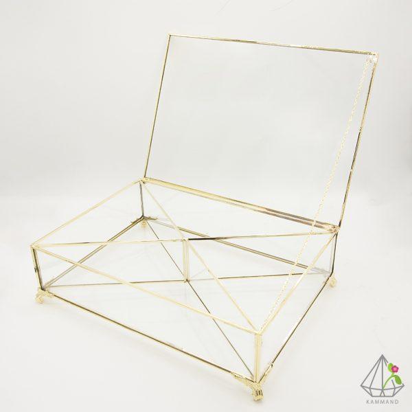 ظرف آجیل شیشه ای،ظرف اجیل چند ضلغی،جعبه آجیل ،ظرف آجیل لوکس، ظروف پذیرایی شیک، ظرف آجیل کمند، فروشگاه اینترنتی کمند
